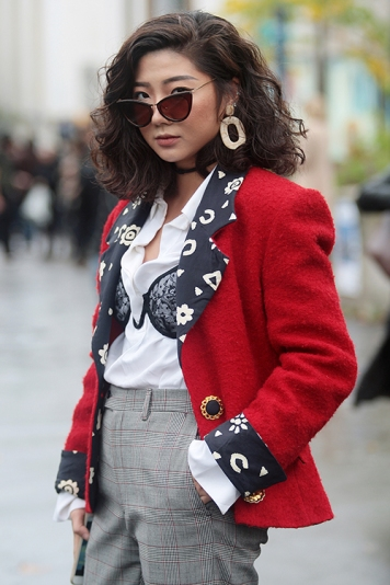Street Style during Paris Fashion Week Spring Summer 2018 on Sunday 1st October 2017.