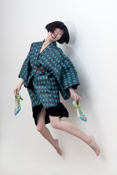 Image shows Chinese Fashion influencer Harper Silin, seen here wearing a vintage Japanese haori with butterfly detail lace heels by Aruna Seth.